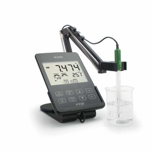 HI-2020 Edge Hybrid Multiparameter pH  EC  DO Meter